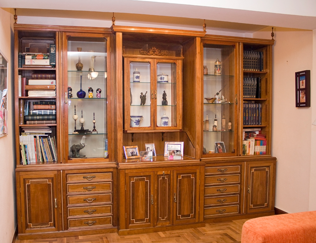 Ferm n artesano en madera galer a de trabajos - Mueble salon rojo ...